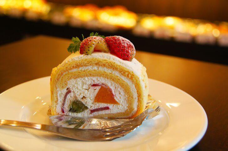 cake 219595 1280 728x485 - 草津温泉の人気おしゃれカフェ5選!超おすすめな絶品ランチ&スイーツ特集【最新版】