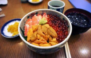 seafood rice 757527 1280 728x484 1 360x230 - 城崎温泉のおすすめグルメランチランキング5選!人気の肉料理やカニ料理、海鮮丼も