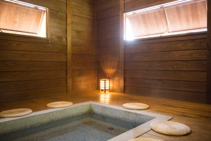 c933902461dcd430f4e1f6275c786359 728x486 - 【無料も】箱根温泉のおすすめ人気足湯ランキングTOP8!カフェやパン屋で利用可能?