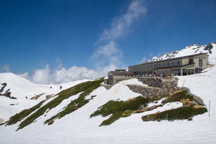 pixta 16781340 M 728x484 - 日本一標高の高い場所にある天然温泉「みくりが池温泉」はどんなところ?日帰り入浴も可能