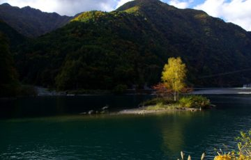 pixta 761240 M 360x230 - 奈良田温泉周辺のおすすめ観光スポット12選!日帰りでも楽しめる?【最新版】