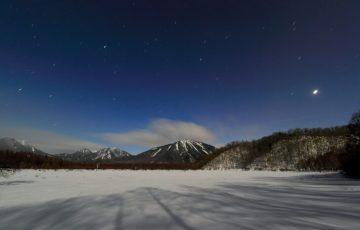 pixta 15871876 M 360x230 - 日光観光におすすめ!ハイキングで楽しむ「戦場ヶ原」の春夏秋冬と星空