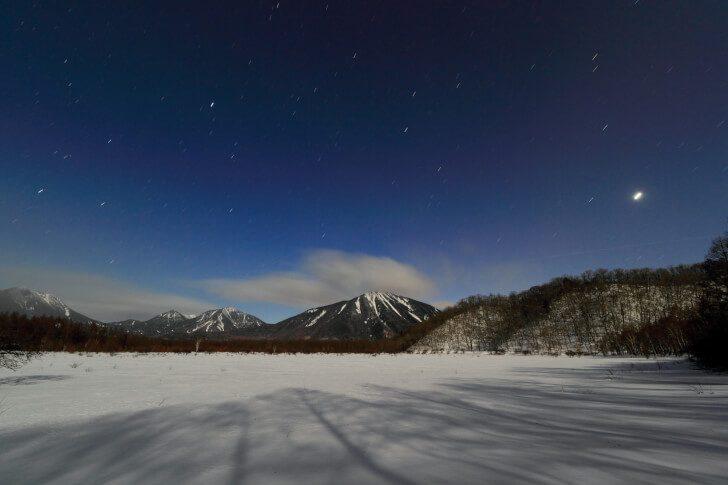 pixta 15871876 M 728x485 - 日光観光におすすめ!ハイキングで楽しむ「戦場ヶ原」の春夏秋冬と星空