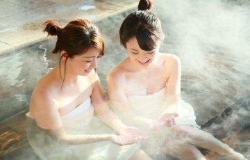 pixta 13994946 M 360x230 - 【タオルNGも】おすすめの穴場混浴温泉ランキングTOP6!関東から関西までご紹介