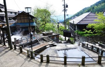 pixta 16827504 M 360x230 - 野沢温泉周辺の観光スポット10選 |日帰りで楽しめるものも【2017年版】