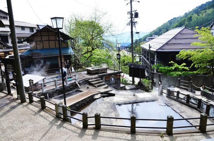 pixta 16827504 M 728x482 - 野沢温泉周辺の観光スポット10選 |日帰りで楽しめるものも【2017年版】