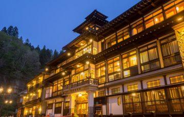 pixta 22568128 M 360x230 - 銀山温泉のおすすめ人気旅館・ホテル&観光スポットとグルメ情報やお土産も
