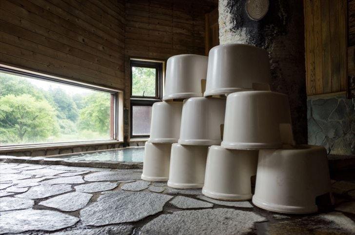 温泉にある風呂椅子