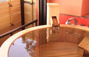 pixta 2456302 M 360x230 - 【絶景露天も】おすすめ貸切温泉(貸切風呂)ランキングTOP10!日帰り入浴も