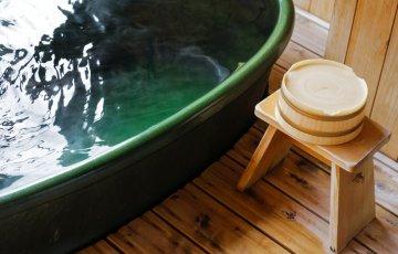 shutterstock 123354058 360x230 - 箱根温泉エリアのおすすめ露天風呂付き客室が自慢の温泉旅館ランキングTOP5【2017年版】