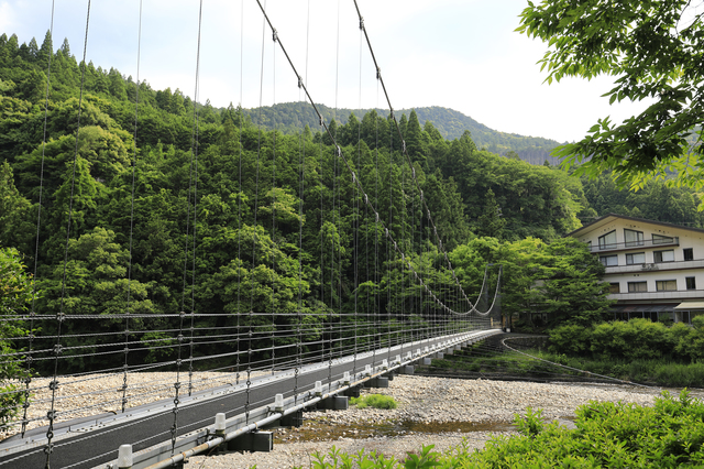 pixta 31672069 S - 和歌山市のおすすめ日帰り温泉ランキングTOP5!観光情報も