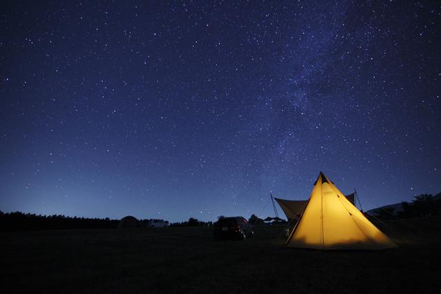 pixta 18030675 S - 絶景温泉が楽しめるキャンプ場ランキングTOP10!コテージ付きが人気