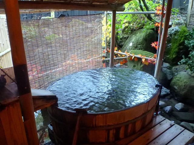 湯沢温泉 客室露天風呂 貸切風呂