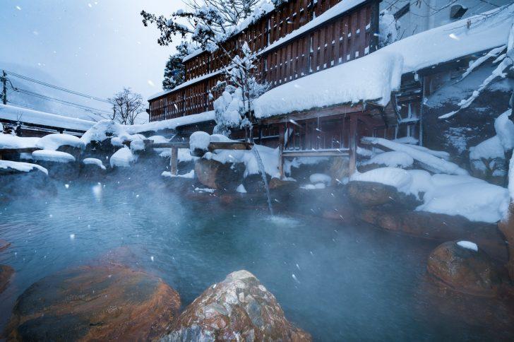 89d228ec5247bb7ae254a1fbecb5bd4f 728x484 - 年末年始の温泉旅行におすすめな旅館ランキングTOP20!大晦日や正月にも利用可能?