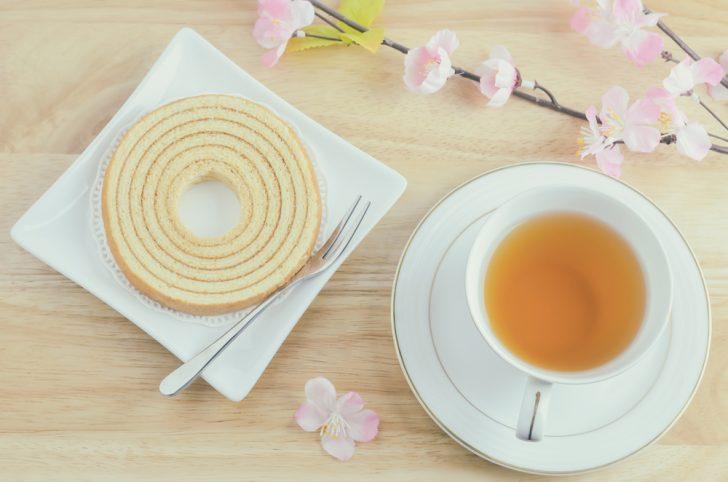 バームクーヘン スイーツ お茶 ティータイム カフェ