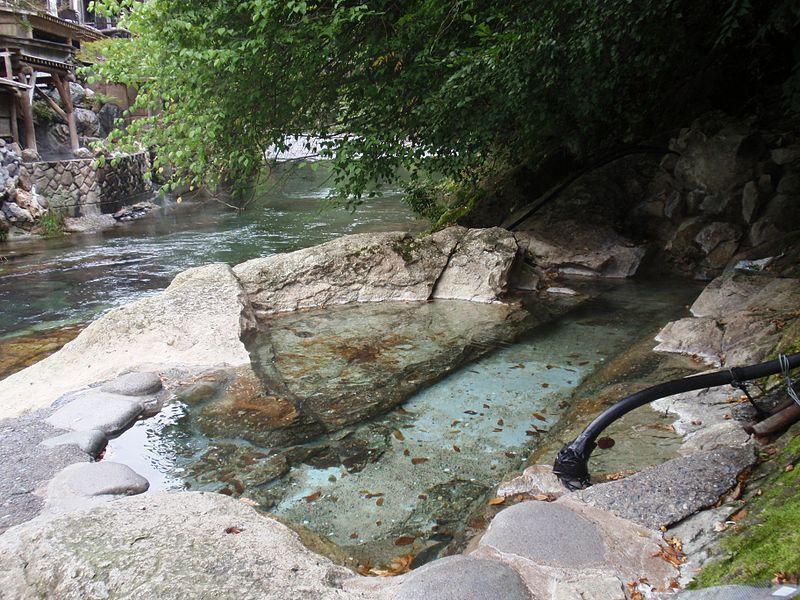 湯西川温泉 共同露天風呂