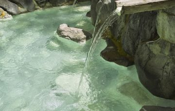 shutterstock 205106512  KPGPayless2 360x230 - 肘折温泉が人気の3つの理由!旅館や観光情報から名物グルメ&お土産についても