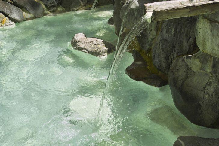 shutterstock 205106512  KPGPayless2 728x486 - 肘折温泉が人気の3つの理由!旅館や観光情報から名物グルメ&お土産についても