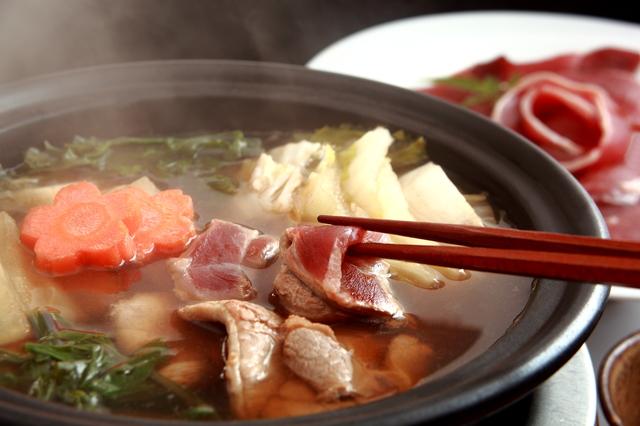 ぼたん鍋(猪鍋)