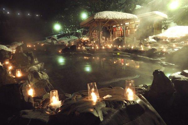 2 - 湯けむり&キャンドル626本!花火とたのしむ岡山県「湯原温泉X'masイベント」