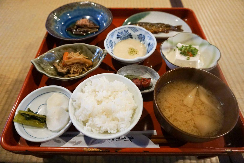 乳頭温泉郷 鶴の湯温泉 秋田県 郷土料理