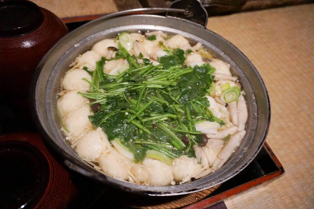 乳頭温泉郷 鶴の湯温泉 秋田県 鶴の湯名物 山の芋鍋