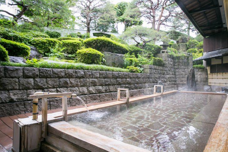 img hot3b 728x485 - 【福岡県久留米】湯の坂・久留米温泉は地元民に愛される老舗温泉宿!館内にはレトロゲームも