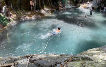 ED2B873E DC50 4E65 AF87 CE2945C2DF44 360x230 - 台湾イチの秘湯!台東県の超ワイルドな温泉「栗松温泉」はカラフルで神秘的な野湯だった